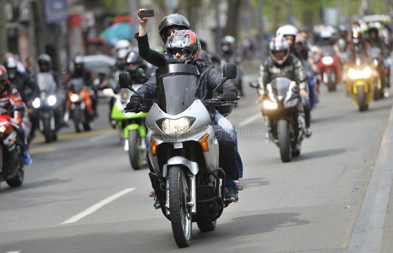 Motorcycling άνοιγμα εποχής στοκ εικόνες με δικαίωμα ελεύθερης χρήσης