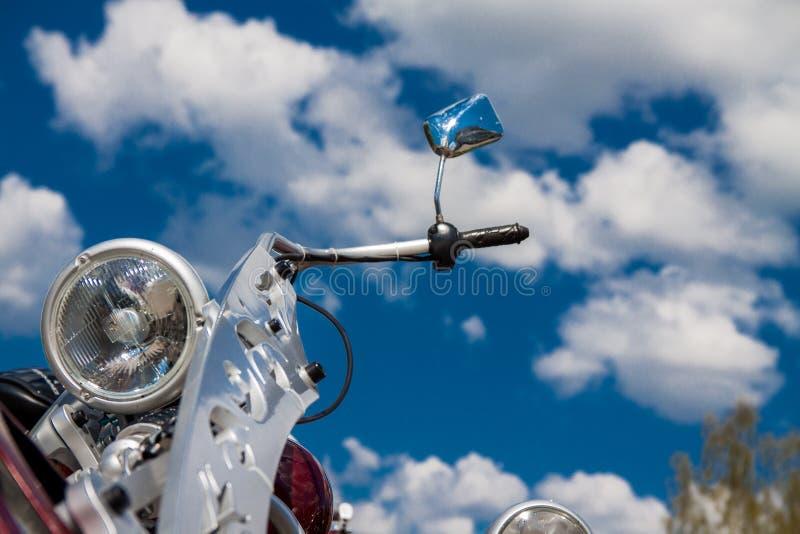 motorcykel för främre lampa arkivfoto