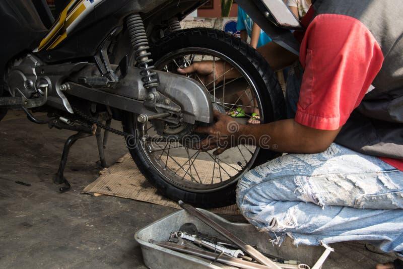 Motorcykelgummihjul arkivbilder