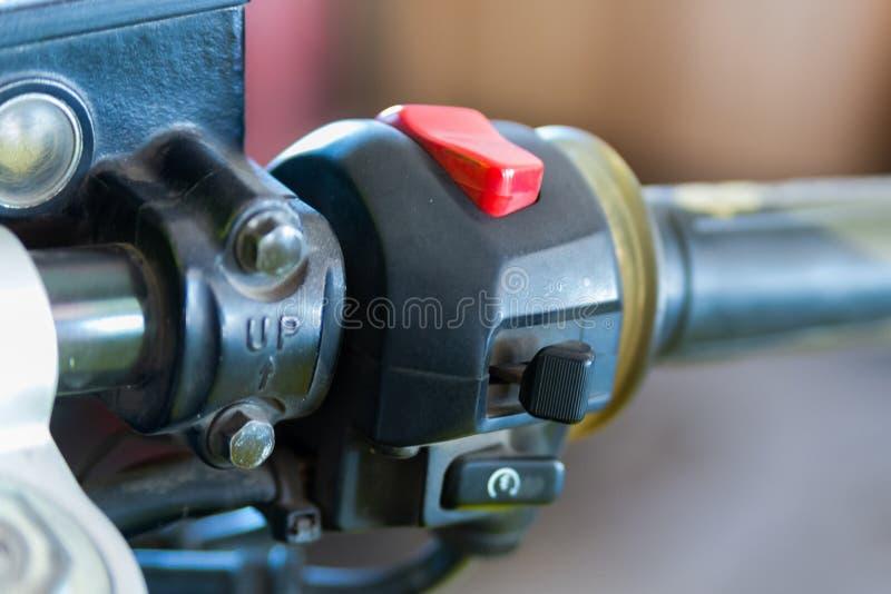 Motorcykeln kontrollerar knappar och strömbrytare royaltyfria bilder