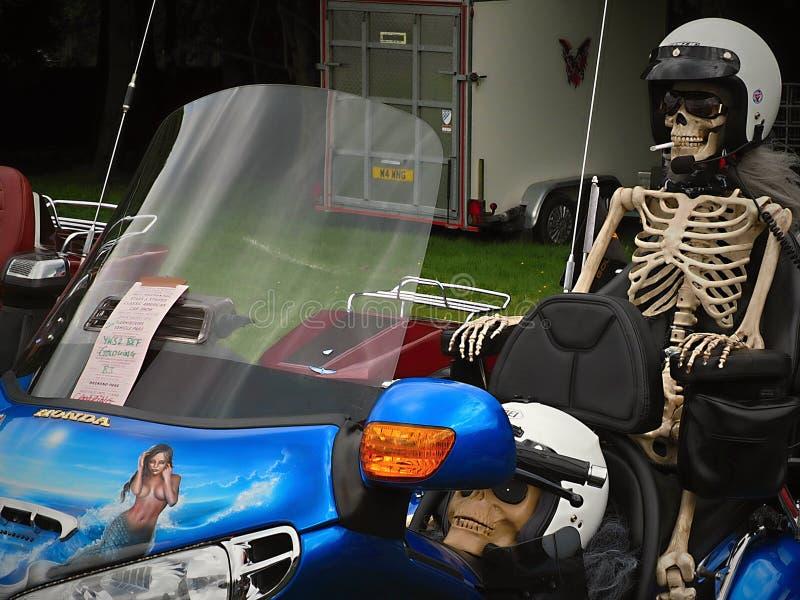 Motore cromato s del ` della motocicletta Fine del motore della motocicletta sul colpo Acciaio, bici immagini stock