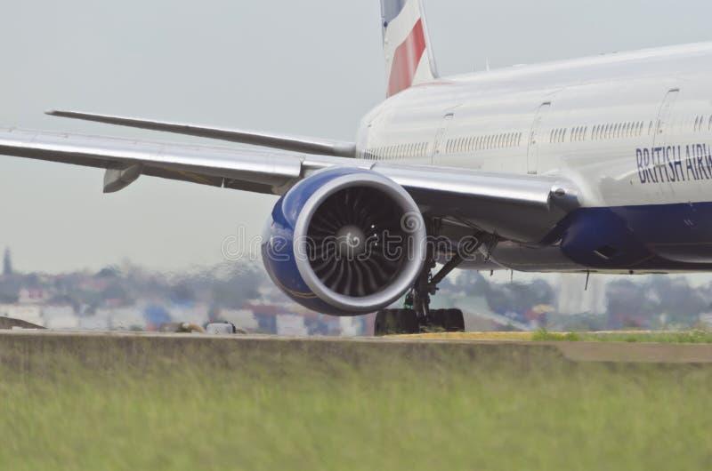 Motore di British Airways con l'ala ed il corpo immagine stock