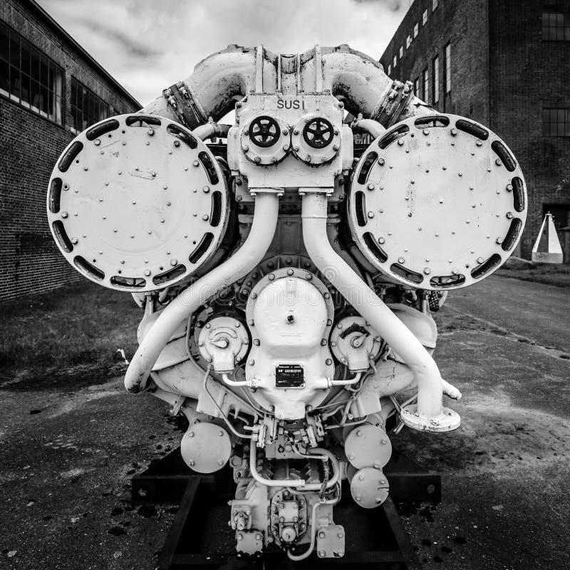Motore diesel della vecchia nave Territorio del centro di ricerca dell'esercito fotografie stock