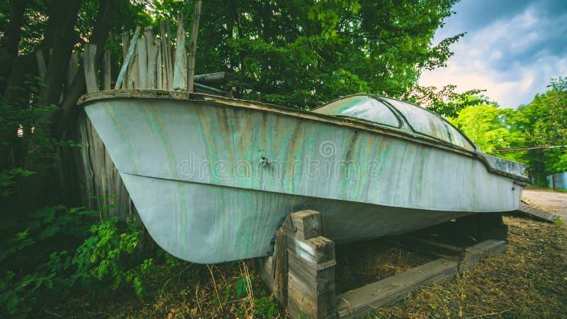Motore rustry del motore di Rustry del vecchio veicolo sottomarino della barca fotografia stock libera da diritti