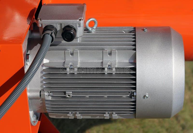 Motores eléctricos potentes rojos para industrial moderno fotografía de archivo libre de regalías