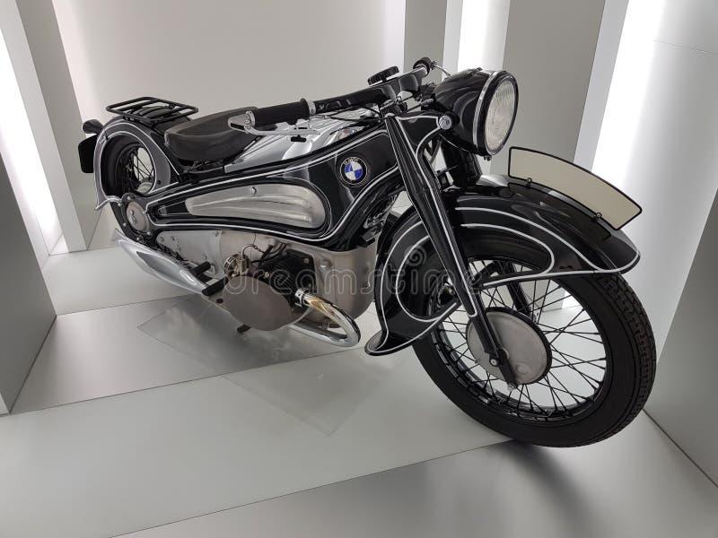 Motorfiets in het BMW-Museum royalty-vrije stock foto
