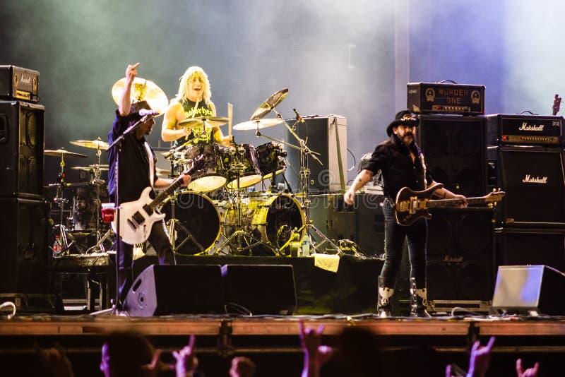Motorhead musikband som spelar på den Ursynalia festivalen 2013 fotografering för bildbyråer