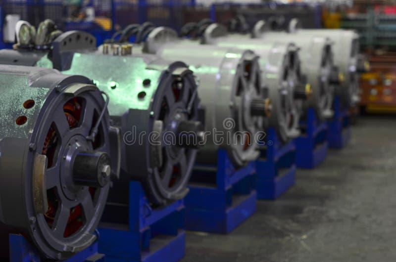 Motori elettrici per gli autocarri con cassone ribaltabile della cava immagini stock libere da diritti