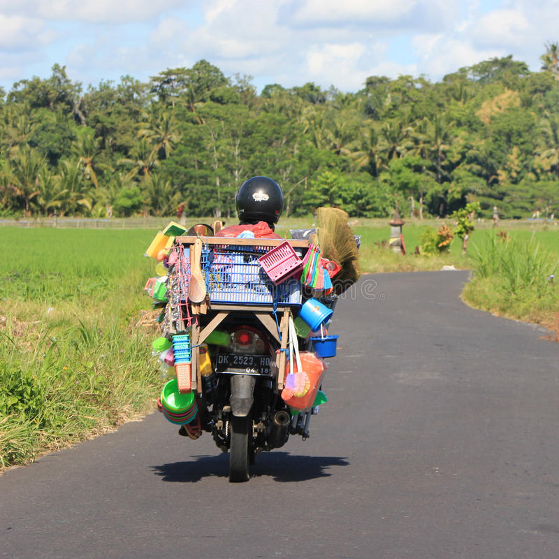 Motorisk cykel i Bali royaltyfri bild