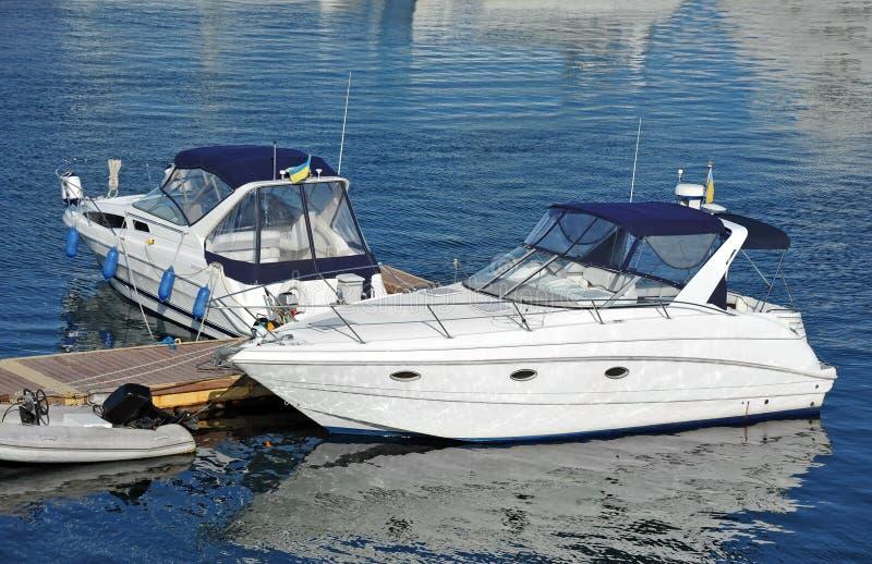 Motorisk yacht royaltyfri fotografi
