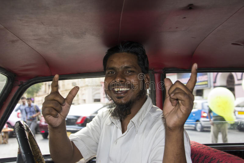 Motorista de Bombaim Taxy imagem de stock