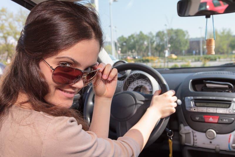 Motorista fêmea novo imagem de stock royalty free