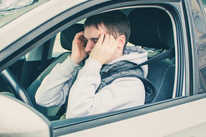Motorista furioso e imprudente Perigo que conduz o conceito fotos de stock royalty free