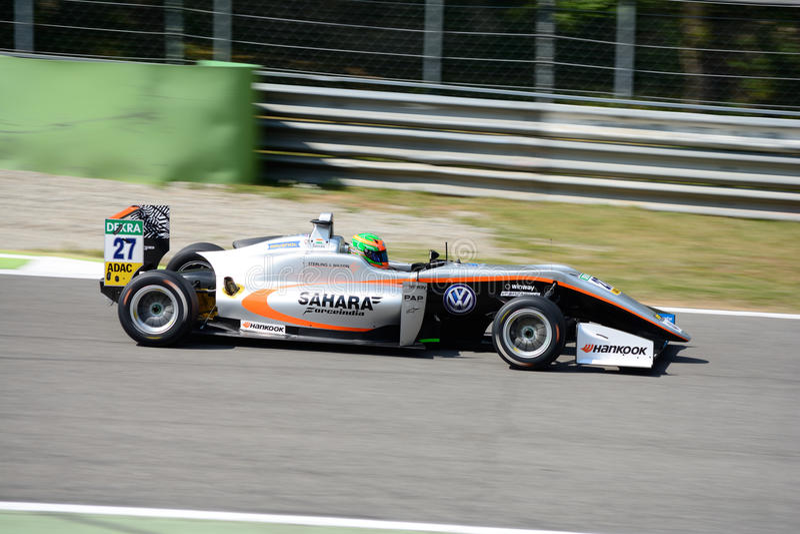 Motorista Jehan Daruvala do campeonato do europeu da fórmula 3 imagens de stock royalty free