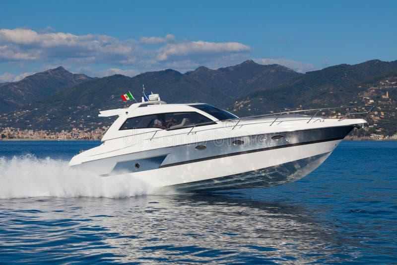 Motorowa jacht łódź obraz stock