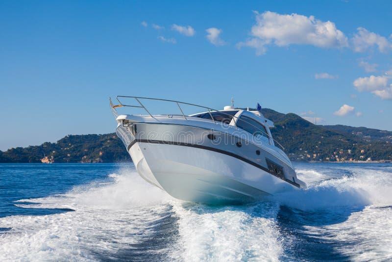 Motorowa jacht łódź obraz royalty free