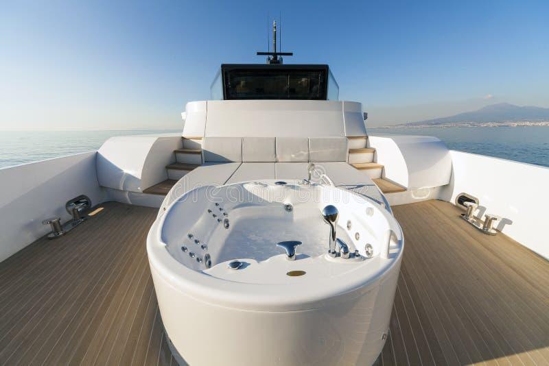 Motorowy jacht, jacuzzi zdjęcie royalty free