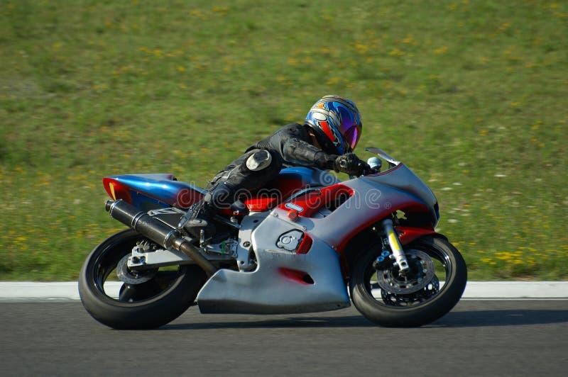 Motorrad-Laufen lizenzfreies stockbild