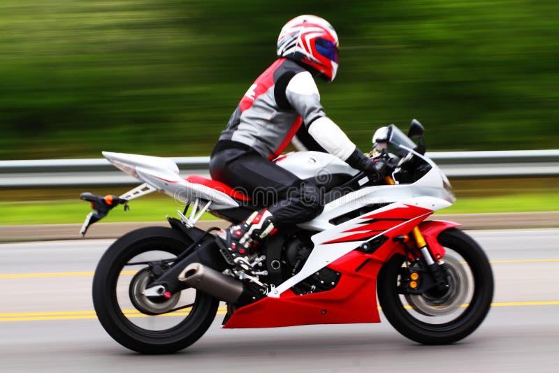 Motorrad-Mitfahrer lizenzfreies stockbild