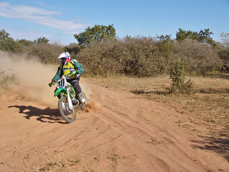 Motorradlaufen stockfoto
