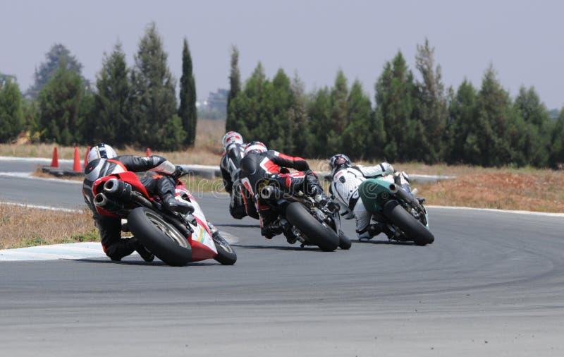 Motorradlaufen lizenzfreie stockbilder