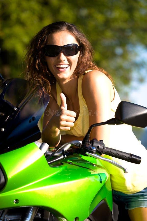 Motorradmädchen stockfoto