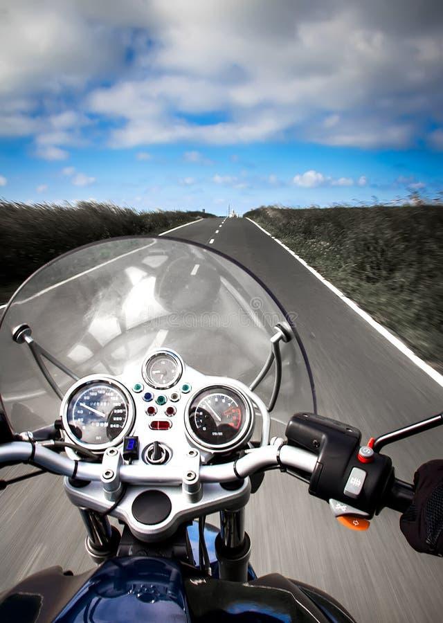 Motorradreiteransicht stockfotos