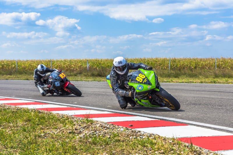 Motorrijder het Rennen royalty-vrije stock afbeeldingen