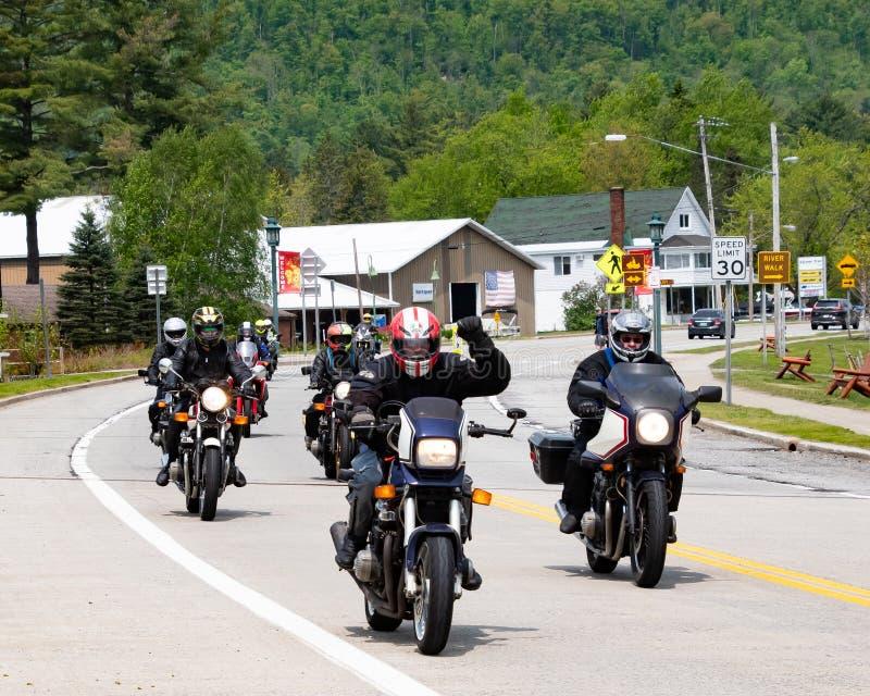 Motorrijders in Speculant, NY stock foto's