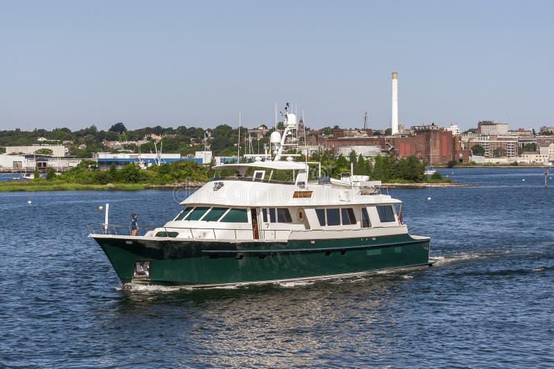 Motoryacht Starlight aus New Bedford Hafen stockfotografie