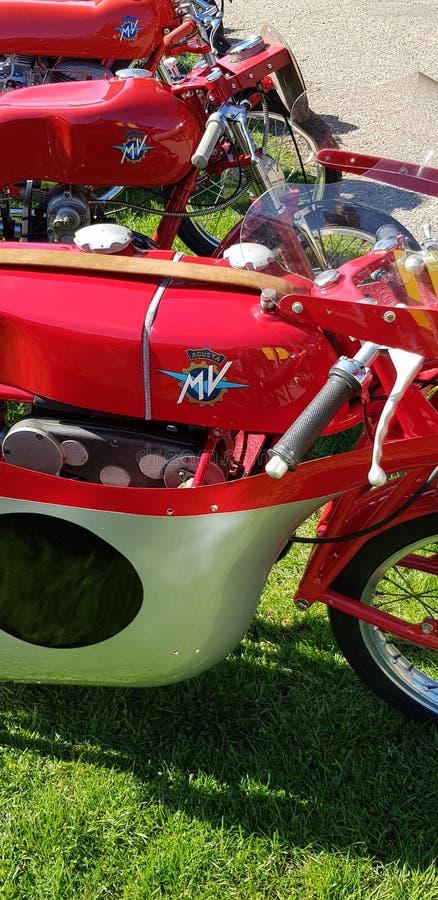 Motos classiques de système mv Agusta à l'événement automatique de l'Italie chez Brooklands images stock