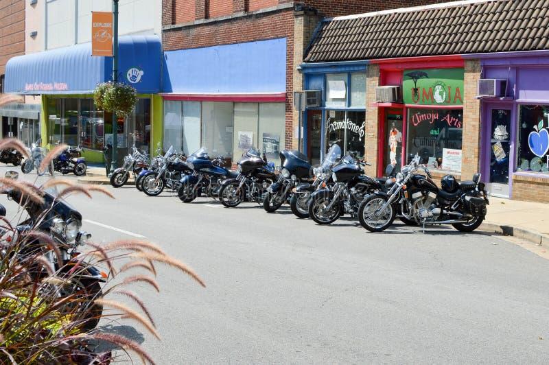 Motos stationnées photos stock