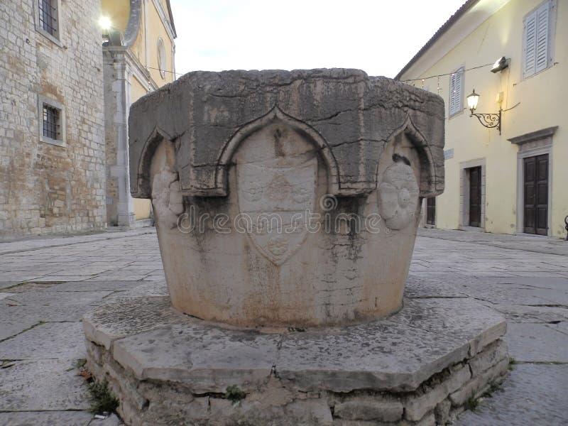 Motovun Montona - bene su Andrea Antico Square immagini stock