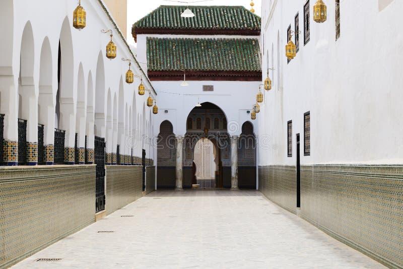 Moulay Idriss Zerhoun mausoleum nära Meknes, Marocko fotografering för bildbyråer