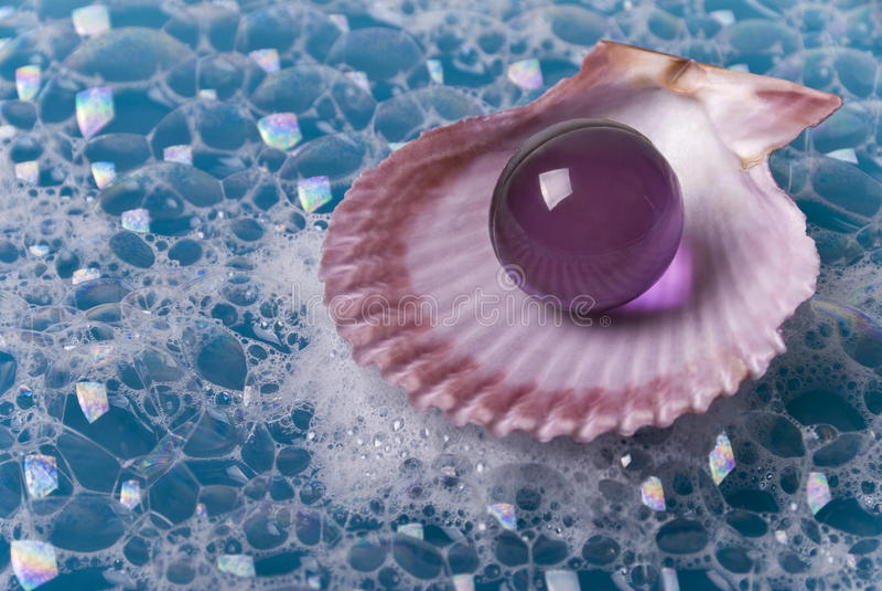 Moule, perle de pétrole et lessives photo libre de droits