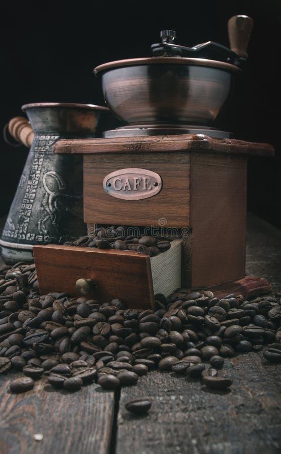 Moulin à café de poignée photos stock