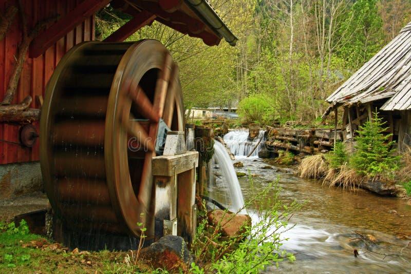 moulin à eau images libres de droits