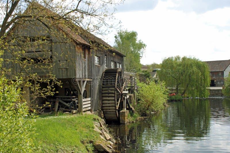 Moulin à eau alsacien historique France photo stock
