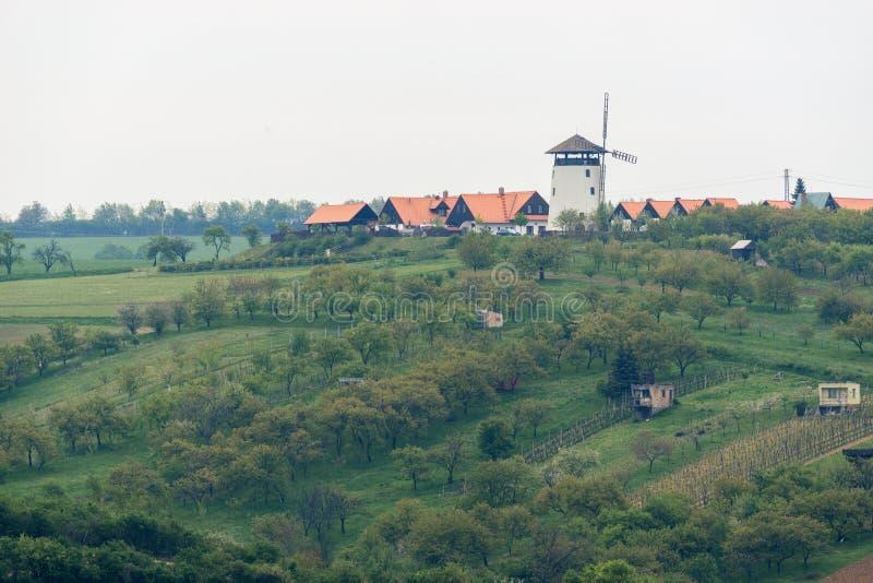 Moulin à vent dans Bukovany, Moravie du sud, République Tchèque image libre de droits