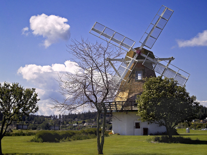 Moulin à vent de port de chêne photos libres de droits