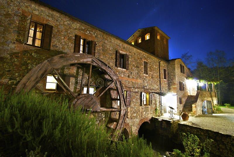 moulin d'automne image stock