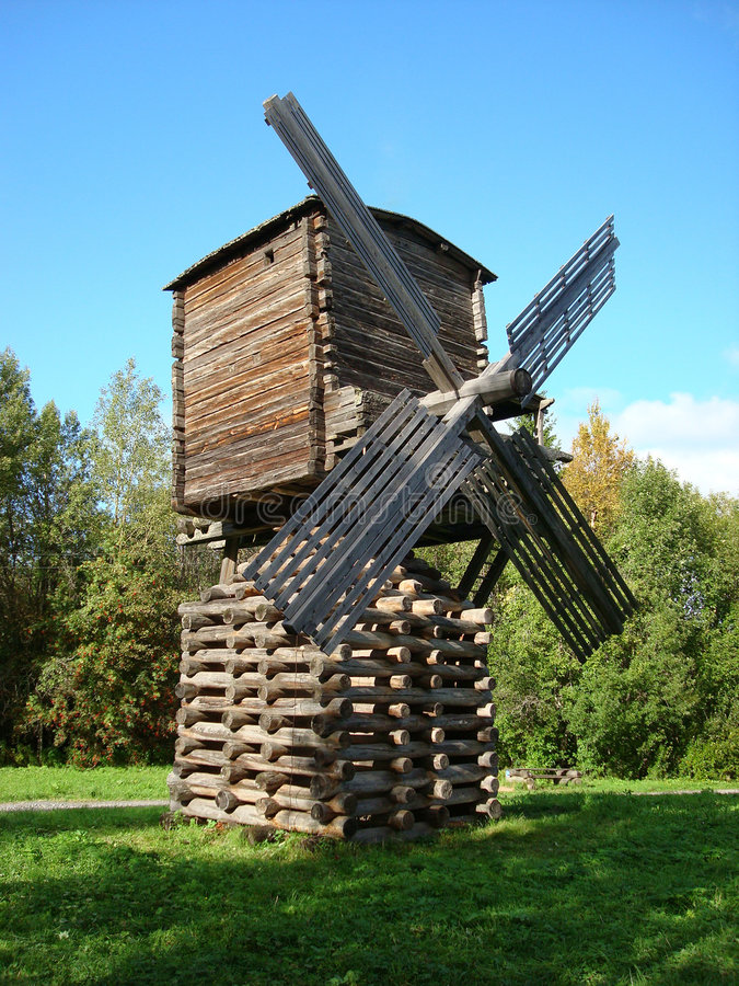 Moulin dans Arkhangelsk photographie stock libre de droits