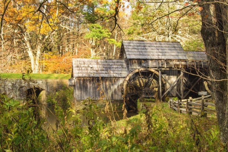Moulin de Mabry - vue de côté image libre de droits