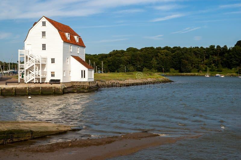 Moulin de marée de Woodbridge en Angleterre, R-U image libre de droits