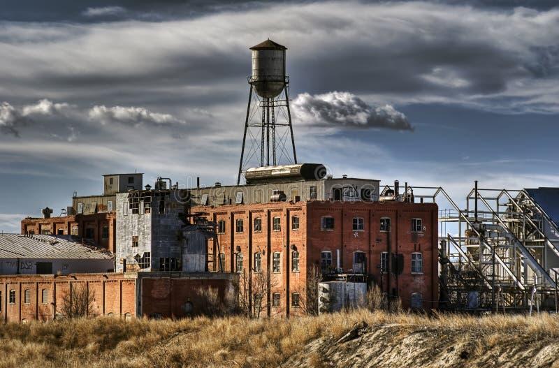 Moulin de sucre abandonné après demande de règlement de hdr image libre de droits