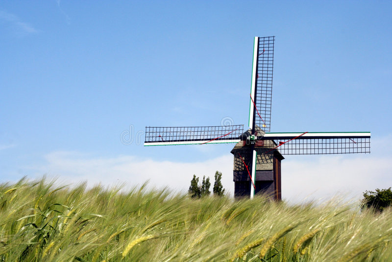 Moulin de vent image libre de droits