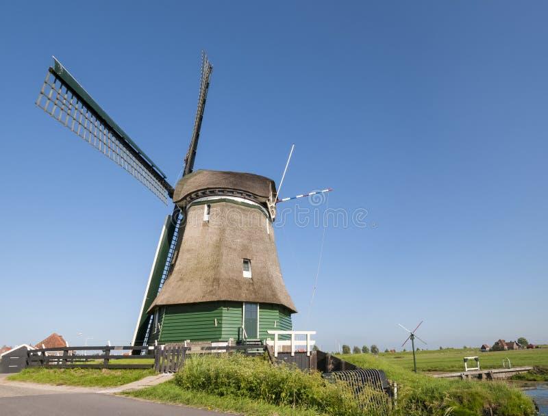 Moulin de vent de Katwoude, dans Volendam images stock