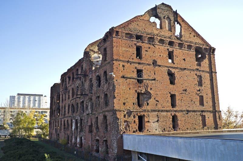 Moulin ruiné à Volgograd photos libres de droits
