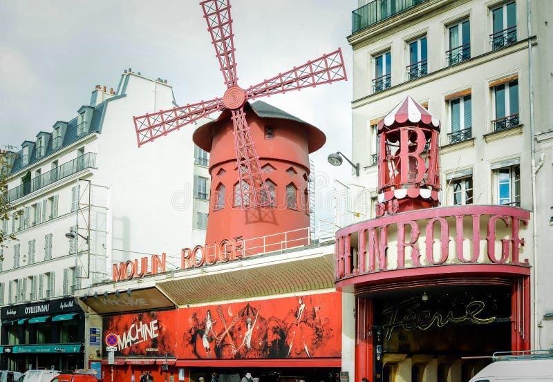 Moulin szminki kabaretowy główne wejście w Paryż obrazy stock
