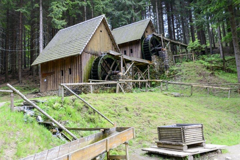 Moulins à eau de mine d'or dans Zlate Hory, République Tchèque image libre de droits